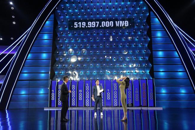 Sai lầm khi ký hợp đồng, Công Vinh và Thủy Tiên mất hơn 454 triệu đồng - Ảnh 4.