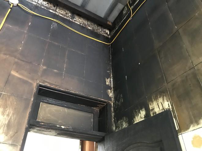Suýt cháy nhà vì điện chập chờn, cả xóm không đóng tiền điện để phản đối - Ảnh 4.