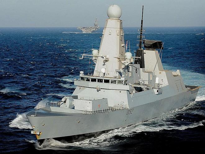 Iran dằn mặt chiến hạm Anh khi bắt tàu dầu, bắn hạ máy bay Mỹ xâm phạm vùng trời -  Hậu quả hết sức tai hại - Ảnh 12.