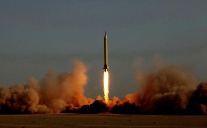 """Tuyên bố """"gây sốc"""" của Iran sau vụ thử tên lửa đạn đạo Shahab-3"""