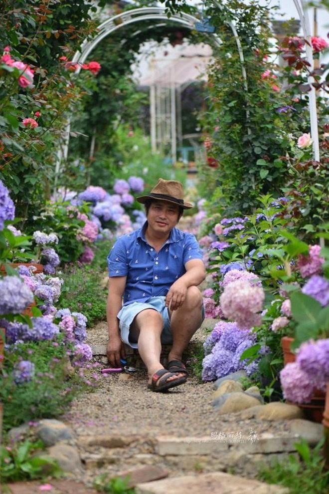 Chìm đắm trong khu vườn đẹp như mê cung nhờ bàn tay khéo léo của người đàn ông yêu thích làm vườn - Ảnh 1.