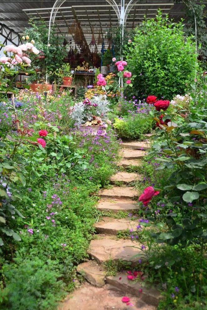 Chìm đắm trong khu vườn đẹp như mê cung nhờ bàn tay khéo léo của người đàn ông yêu thích làm vườn - Ảnh 16.