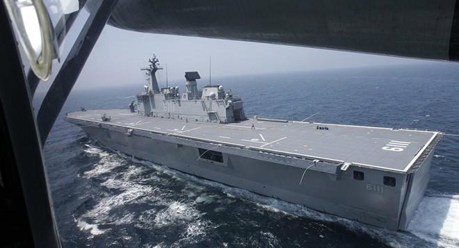 Iran dằn mặt chiến hạm Anh khi bắt tàu dầu, bắn hạ máy bay Mỹ xâm phạm vùng trời -  Hậu quả hết sức tai hại - Ảnh 5.