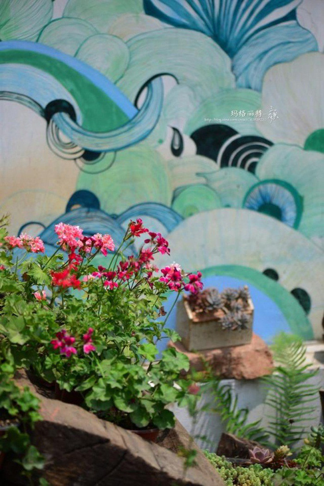 Chìm đắm trong khu vườn đẹp như mê cung nhờ bàn tay khéo léo của người đàn ông yêu thích làm vườn - Ảnh 40.