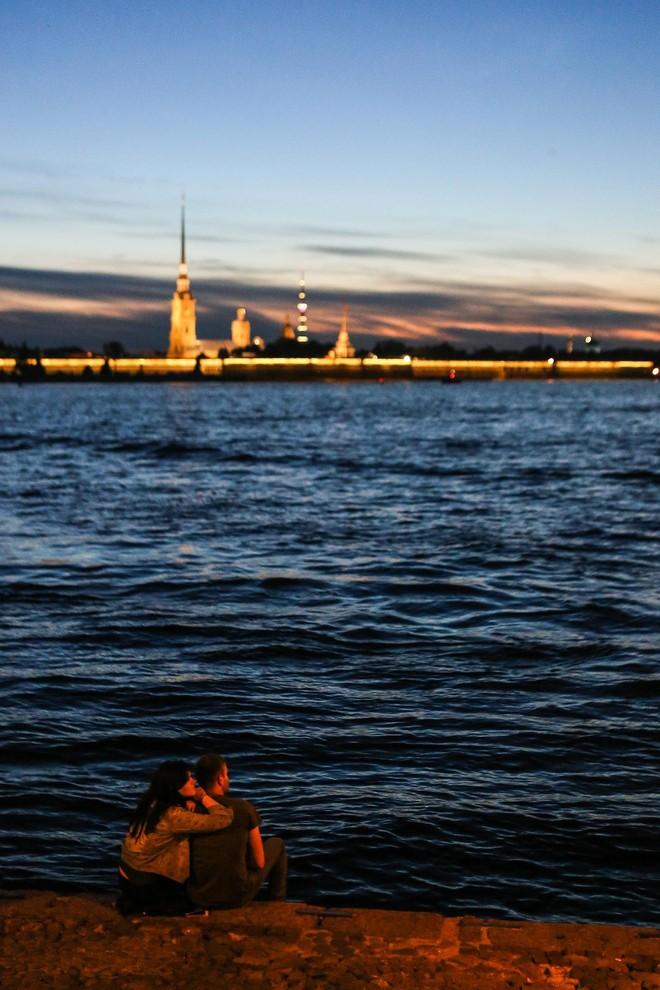 Chiêm ngưỡng 'đêm trắng' độc đáo ở nước Nga - ảnh 17