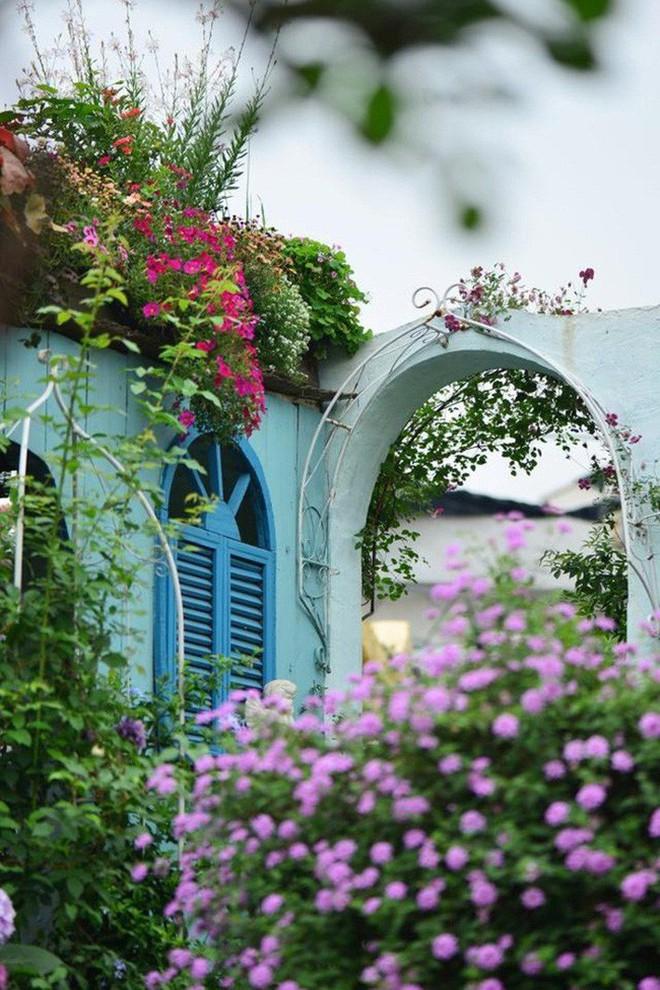 Chìm đắm trong khu vườn đẹp như mê cung nhờ bàn tay khéo léo của người đàn ông yêu thích làm vườn - Ảnh 22.