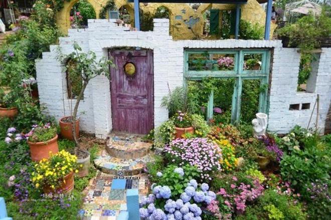 Chìm đắm trong khu vườn đẹp như mê cung nhờ bàn tay khéo léo của người đàn ông yêu thích làm vườn - Ảnh 34.