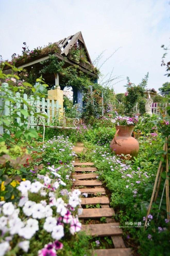 Chìm đắm trong khu vườn đẹp như mê cung nhờ bàn tay khéo léo của người đàn ông yêu thích làm vườn - Ảnh 35.