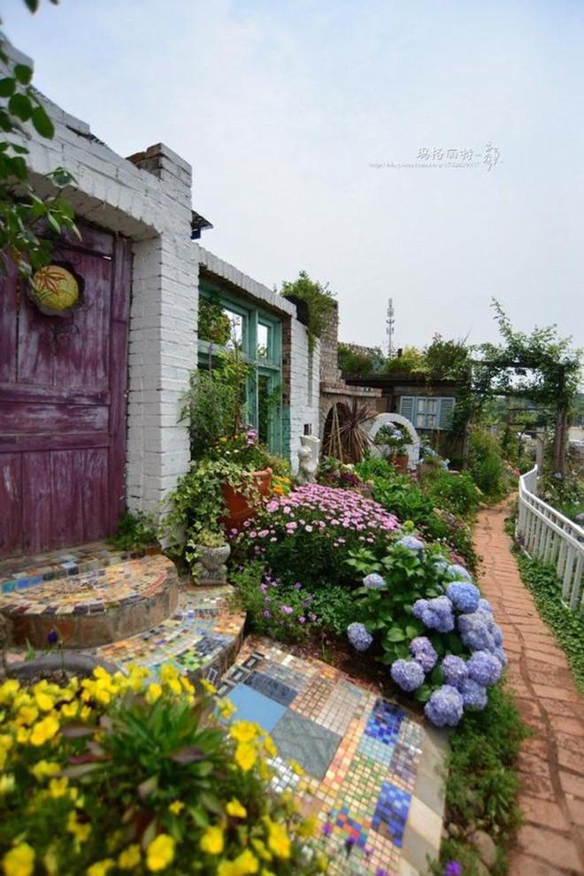 Chìm đắm trong khu vườn đẹp như mê cung nhờ bàn tay khéo léo của người đàn ông yêu thích làm vườn - Ảnh 36.