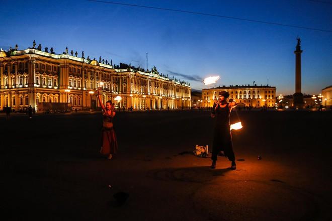 Chiêm ngưỡng 'đêm trắng' độc đáo ở nước Nga - ảnh 10