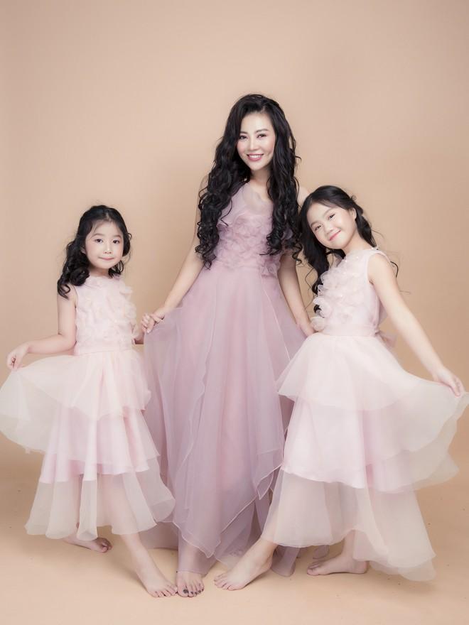Thanh Hương nói về 2 cô con gái xinh như thiên thần: Với các con, tôi là thần tượng - Ảnh 4.