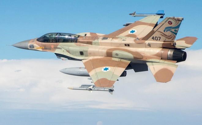 """Israel chơi tất tay: Tấn công phủ đầu Iran khi dám tuyên bố """"xóa sổ Israel trong nửa giờ""""?"""
