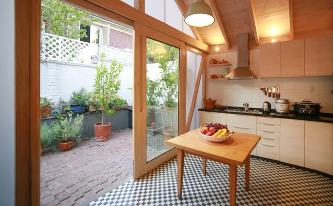 """Chiêm ngưỡng căn bếp nhỏ gọn, tiện nghi """"chỉ cần nhìn thôi cũng đã thấy mê mẩn rồi"""""""