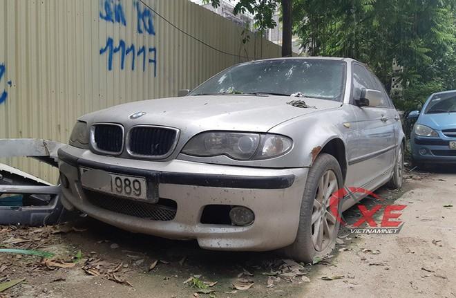 Chiếc BMW nằm chỏng chơ trên đường Đại Mỗ - Hà Nội từ trước Tết, không ai đến lấy - Ảnh 6.