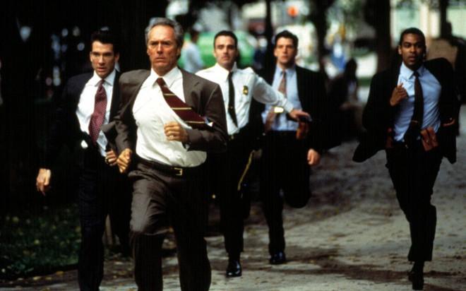Tiết lộ lý do bất ngờ nhóm vệ sĩ chạy bộ theo xe Chủ tịch Kim Jong-un - Ảnh 3.