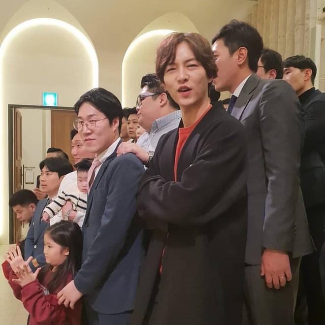 Tìm ra thời điểm Song Song trục trặc: Song Hye Kyo không dự hôn lễ quản lý của chồng, Song Joong Ki đầy khó xử - Ảnh 3.