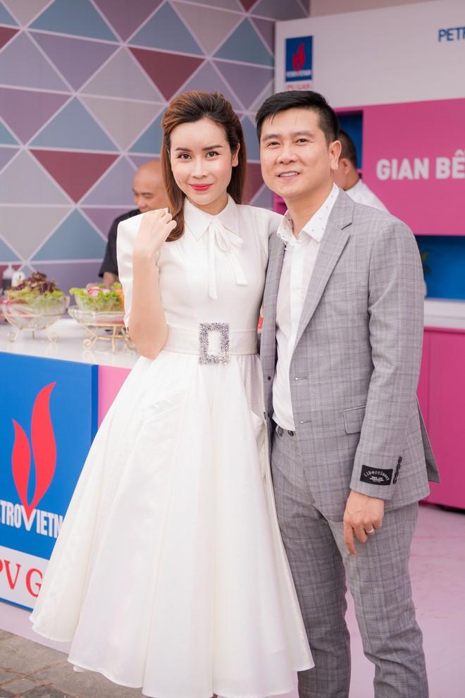 Vợ chồng Lưu Hương Giang - Hồ Hoài Anh thu hút sự chú ý tại sự kiện - Ảnh 8.