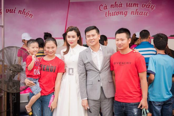 Vợ chồng Lưu Hương Giang - Hồ Hoài Anh thu hút sự chú ý tại sự kiện - Ảnh 6.