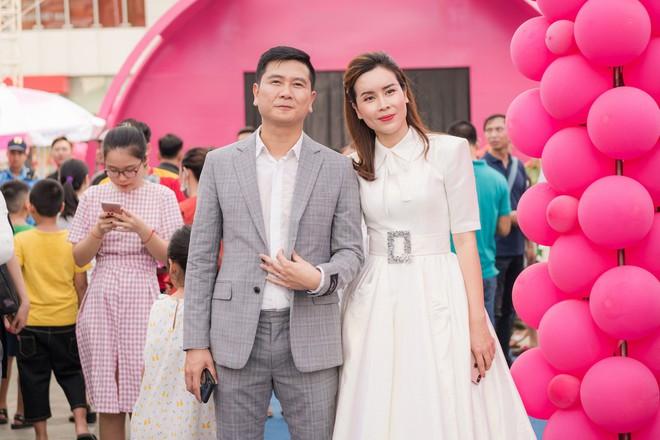 Vợ chồng Lưu Hương Giang - Hồ Hoài Anh thu hút sự chú ý tại sự kiện - Ảnh 5.
