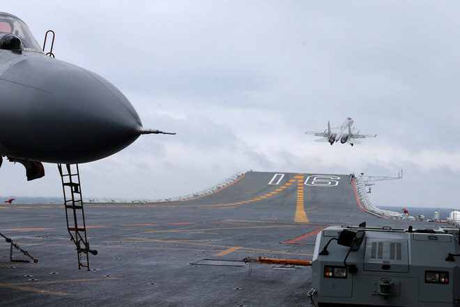 Ráo riết chiêu binh mãi mã cho tàu sân bay, Trung Quốc có kế hoạch lớn gì? - Ảnh 2.