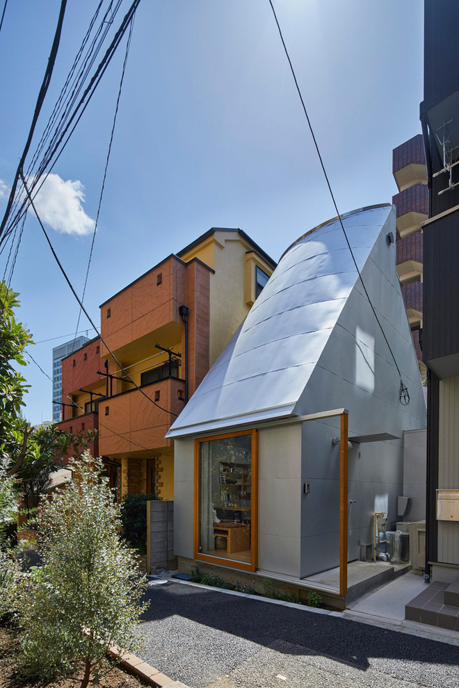Không hổ danh là thiết kế của Nhật, ngôi nhà 19m² nhỏ xíu này gần như không có một điểm trừ trong thiết kế và bài trí - Ảnh 7.