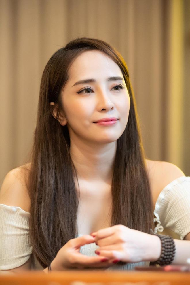 Quỳnh Nga: Cả Việt Anh và vợ khẳng định không có người thứ ba thì tại sao tôi phải lên tiếng? - Ảnh 5.