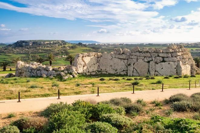 Bí ẩn công trình cự thạch khổng lồ trên Trái Đất, thách thức nhà khoa học hàng thế kỷ - Ảnh 7.