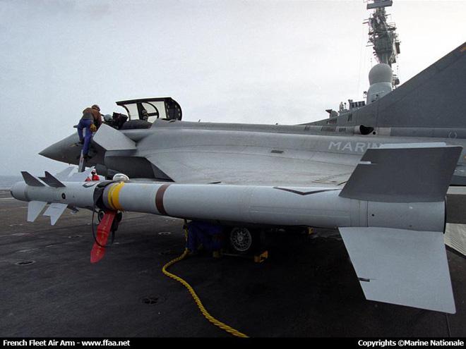 Ấn Độ mua 300 tên lửa Nga cho máy bay Pháp: Quyết định điên rồ và khó tưởng tượng? - ảnh 2