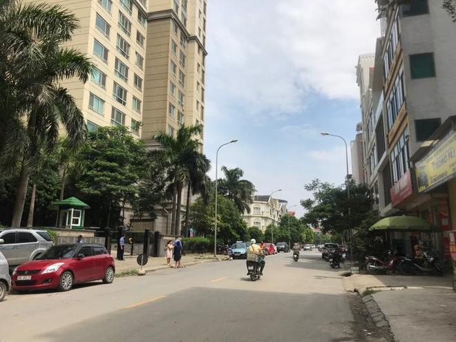 Xuất hiện thêm đoạn phố chưa đặt tên nhưng được gắn biển hiệu đường Huyndai ở Hà Nội - ảnh 3