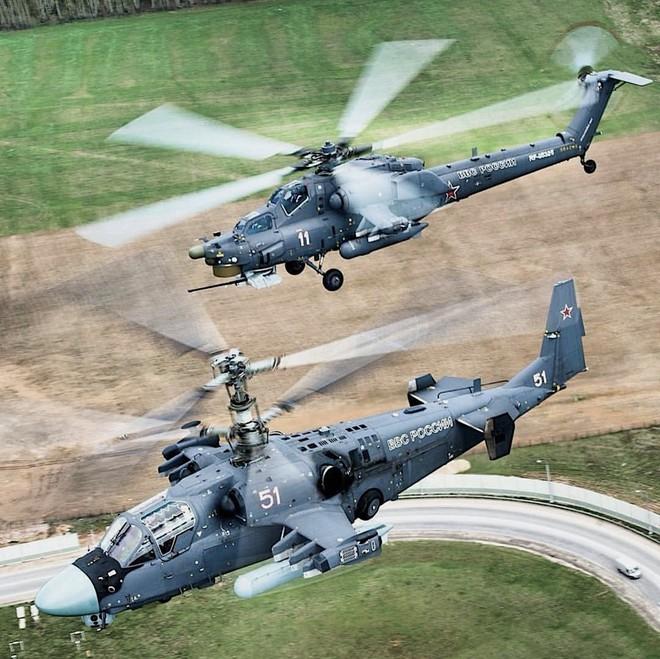 Sát thủ Mi-28 và Ka-52 Nga xung trận quy mô chưa từng có, phiến quân hoảng loạn - S-300 Syria đã sẵn sàng - Ảnh 2.