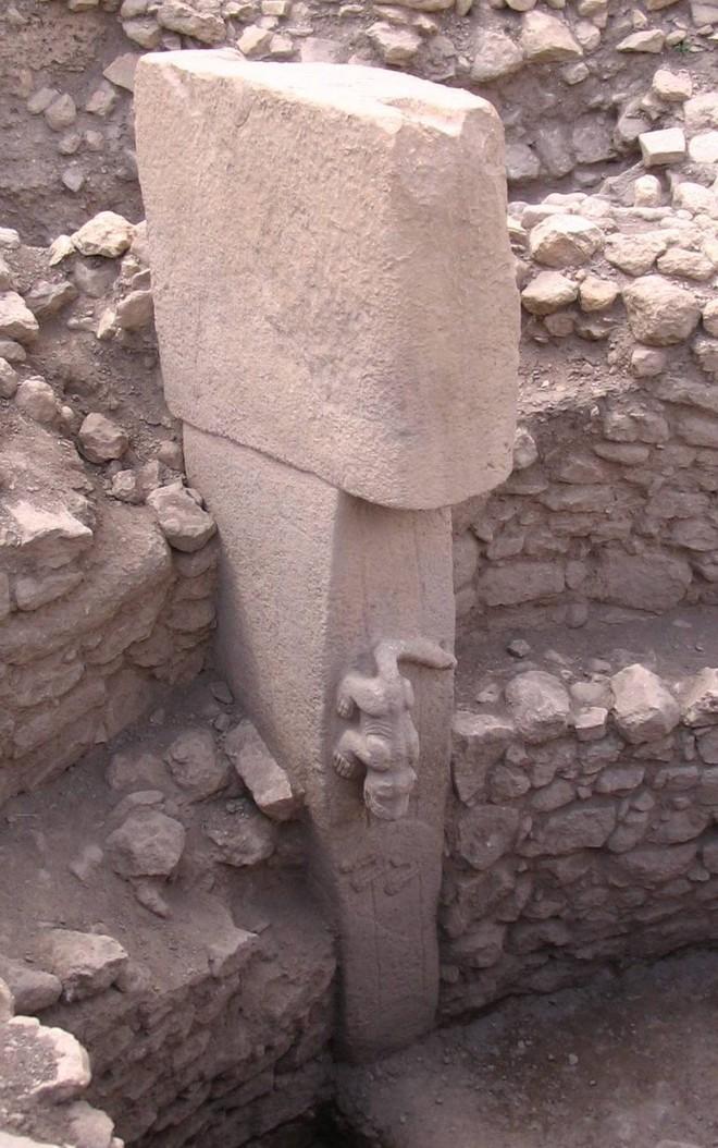 Bí ẩn công trình cự thạch khổng lồ trên Trái Đất, thách thức nhà khoa học hàng thế kỷ - Ảnh 4.
