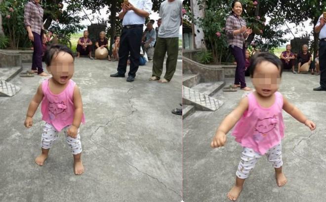 """Nữ sinh bỏ con một tuổi ở cổng chùa kèm bức thư: """"Con còn phải đi lấy chồng"""""""