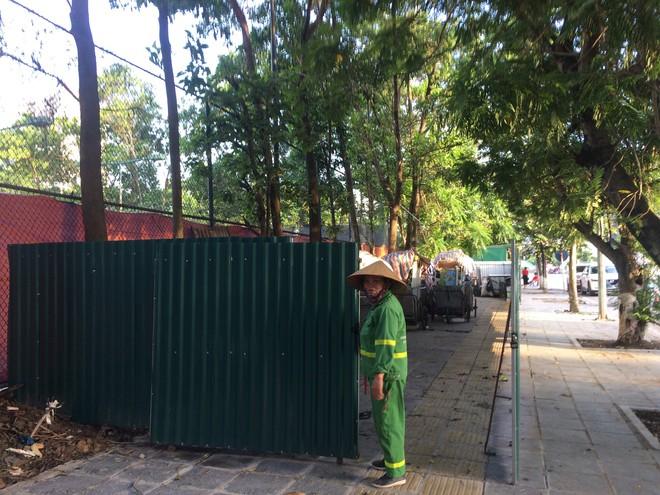 Vụ chặn xe chở rác vào bãi rác Nam Sơn: Không dọn thì dân mắng chửi - Ảnh 5.