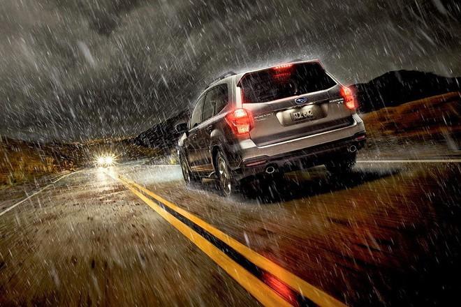Để lái xe an toàn dưới trời mưa lớn, tài xế cần chú ý những điều gì? - Ảnh 5.