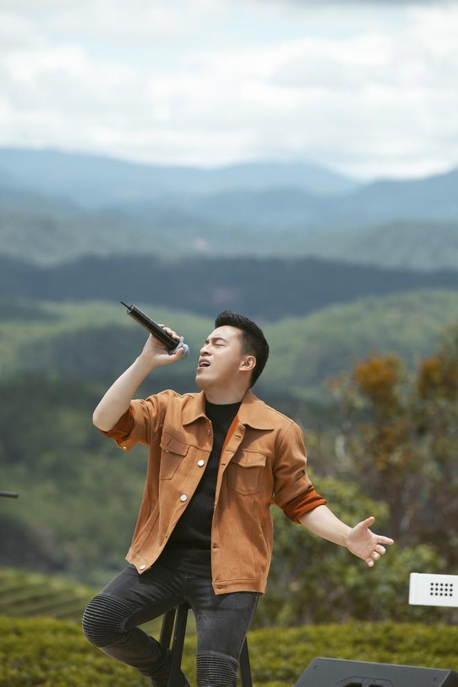 Sau hơn 20 năm, Lam Trường hát lại ca khúc đặc biệt để tặng chị hàng xóm - Ảnh 7.