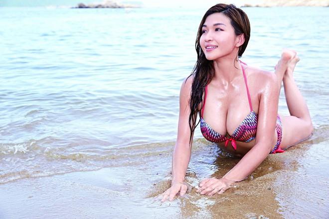 Nhan sắc bốc lửa của mỹ nhân TVB bị lộ ảnh nóng, từ chối đại gia bao nuôi với giá 23 tỷ - Ảnh 5.