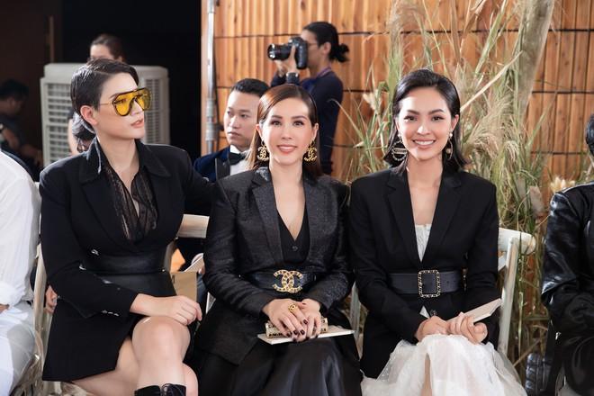 Hoa hậu Thu Hoài mặc thanh lịch, vui vẻ hội ngộ Kim Phượng trong sự kiện  - Ảnh 9.