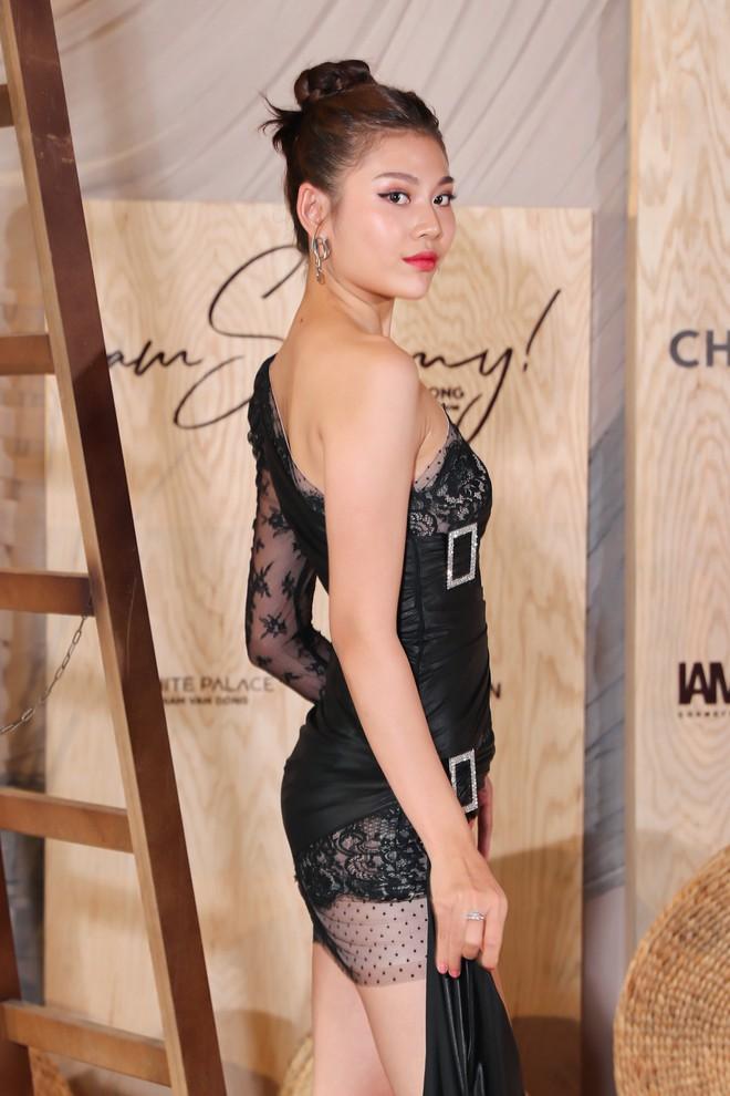 Hoa hậu Thu Hoài mặc thanh lịch, vui vẻ hội ngộ Kim Phượng trong sự kiện  - Ảnh 10.