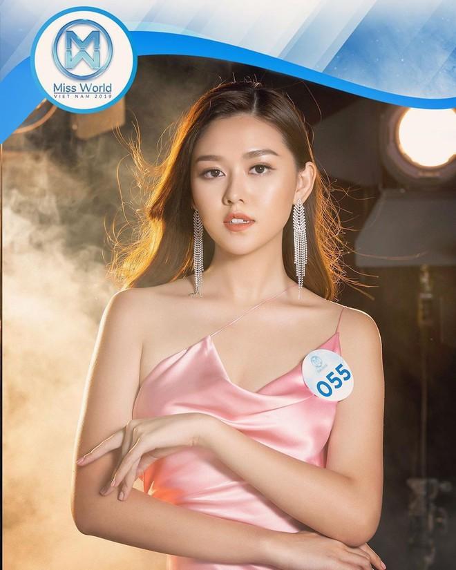 Dàn gái xinh cực phẩm xuất thân từ THPT Phan Đình Phùng (Hà Nội): Lò đào tạo hotgirl đỉnh nhất Việt Nam là đây chứ đâu! - Ảnh 1.