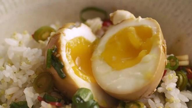 Lạ kỳ món trứng gây nghiện đến mức có cái tên là trứng thuốc phiện ở Hàn Quốc - Ảnh 6.
