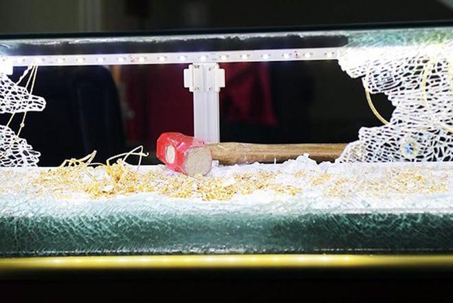 Kẻ cướp tiệm vàng ở Đà Lạt đã lên kế hoạch cả tuần trước khi hành động - Ảnh 2.