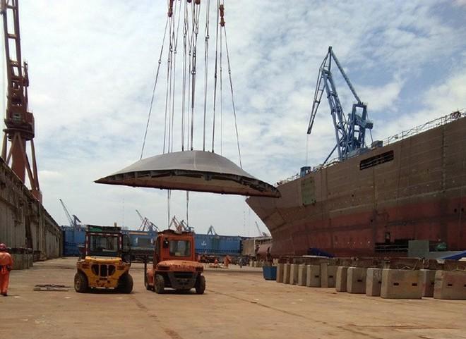 Trung Quốc thi công tàu đổ bộ Type 075 với tốc độ chóng mặt! - Ảnh 2.
