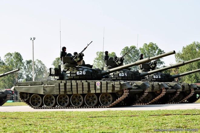 Lào dùng xe tăng T-72 luyện tập thi Tank Biathlon 2019: Chuẩn bị kĩ - Quyết hơn năm trước! - Ảnh 2.