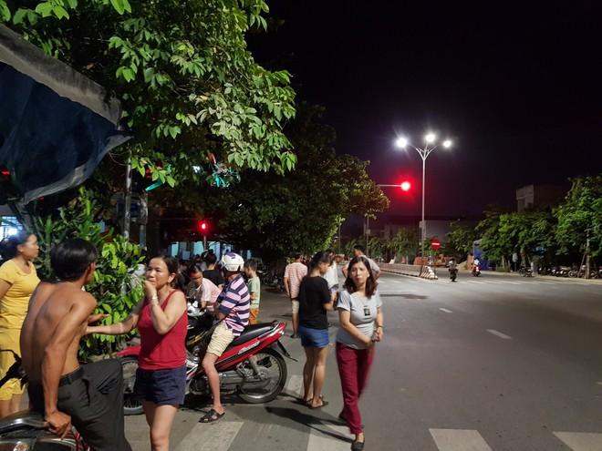 Dân chặn xe vào bãi rác, Đà Nẵng quyết xây dựng nhà máy đốt rác phát điện - Ảnh 1.