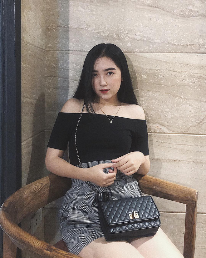 Hà Đức Chinh công khai bạn gái: Mặt xinh, body nóng bỏng chẳng kém gì hotgirl đình đám - Ảnh 3.