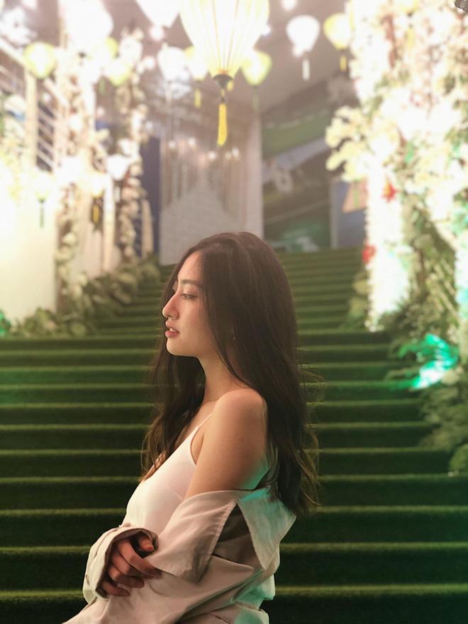 Nữ sinh Ngoại thương là ứng viên nặng ký của vương miện Hoa hậu thế giới Việt Nam 2019: IELTS 7.5, học sinh đội tuyển HSG Quốc gia Toán - Ảnh 2.