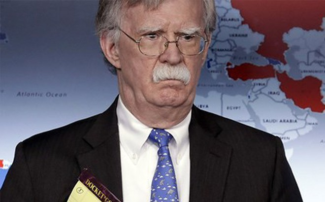"""Cố vấn Mỹ thề xiết chặt """"vòng kim cô"""" với Iran cho đến khi đạt được mục đích"""
