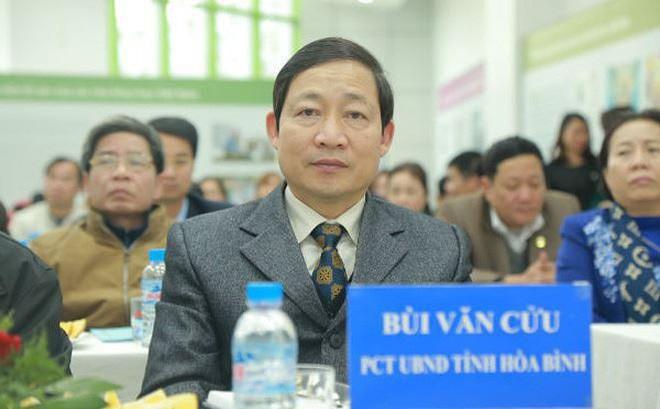 Cảnh cáo Phó Chủ tịch tỉnh Hòa Bình, đề nghị Ban Bí thư kỷ luật Giám đốc Sở GD-ĐT