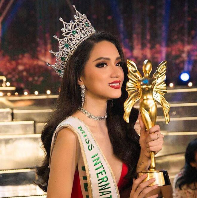 Bức ảnh nhạy cảm và sự kiêu hãnh của Hoa hậu Hương Giang  - Ảnh 2.