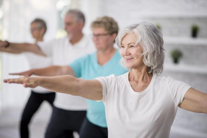 14 cách giảm cân mà không cần ăn kiêng hay tập thể dục - Ảnh 2.